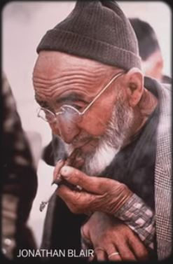 Old man with beard and glasses Turkey 68